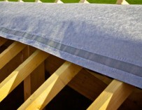 Charpente, sous-toiture, étanchéité, tuiles, gouttières, couverture